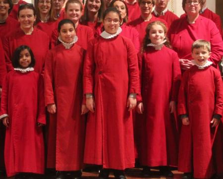 Junior Choir in front of 9 lessons Choir 2014